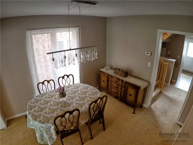 Semi-detached at 219 Weldon Rd, Whitchurch-Stouffville, Ontario. Image 14