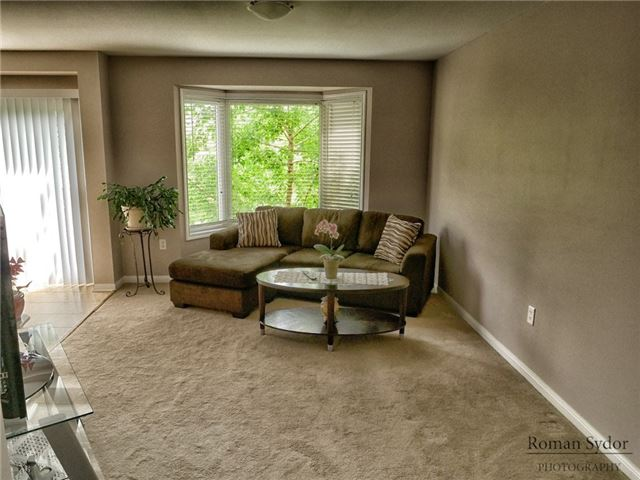 Semi-detached at 219 Weldon Rd, Whitchurch-Stouffville, Ontario. Image 15