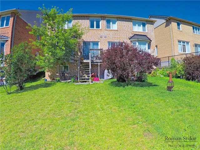 Semi-detached at 219 Weldon Rd, Whitchurch-Stouffville, Ontario. Image 6