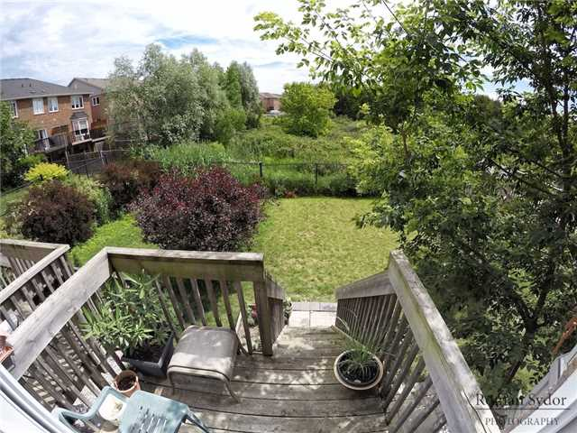 Semi-detached at 219 Weldon Rd, Whitchurch-Stouffville, Ontario. Image 7