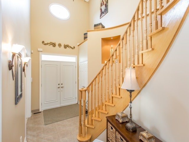 Detached at 54 St Urbain Dr, Vaughan, Ontario. Image 12