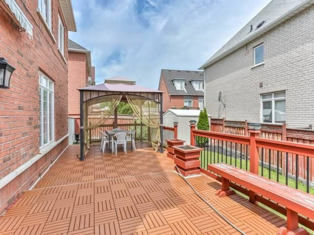 Detached at 54 St Urbain Dr, Vaughan, Ontario. Image 11