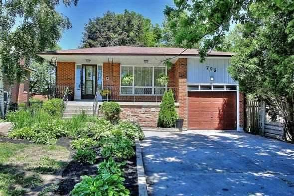 Detached at 793 Gorham St, Newmarket, Ontario. Image 7