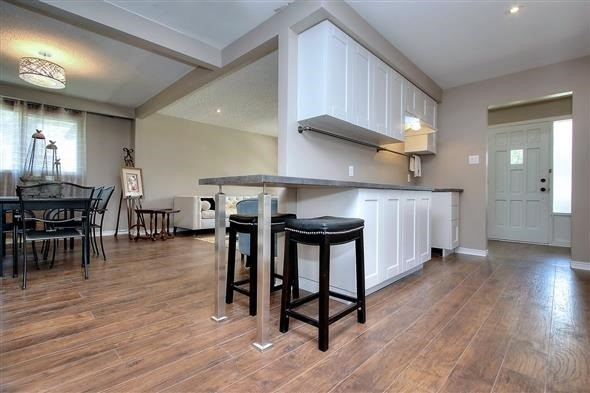 Detached at 793 Gorham St, Newmarket, Ontario. Image 13