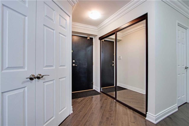 Condo Apartment at 7440 Bathurst St, Unit 814, Vaughan, Ontario. Image 14