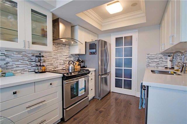 Condo Apartment at 7440 Bathurst St, Unit 814, Vaughan, Ontario. Image 2