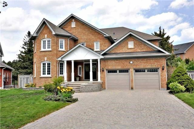 Detached at 851 Tegal Pl, Newmarket, Ontario. Image 1