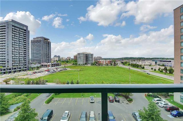 Condo Apartment at 23 Oneida Cres, Unit 701, Richmond Hill, Ontario. Image 9