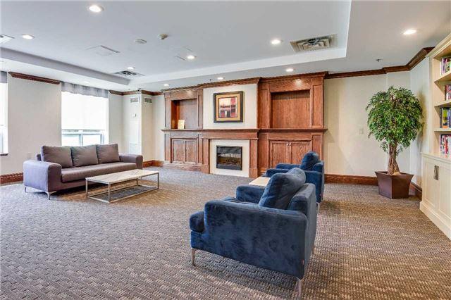 Condo Apartment at 23 Oneida Cres, Unit 701, Richmond Hill, Ontario. Image 2