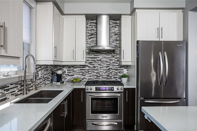 Townhouse at 31 Alexie Way, Vaughan, Ontario. Image 2