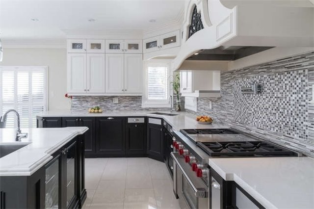 Detached at 110 Green Manor Cres, Vaughan, Ontario. Image 15