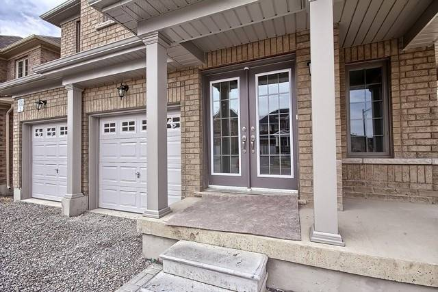 Detached at 2 Milby Cres, Bradford West Gwillimbury, Ontario. Image 14