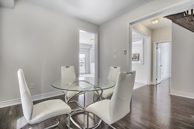 Detached at 2 Milby Cres, Bradford West Gwillimbury, Ontario. Image 19