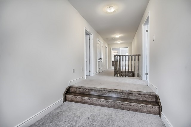 Detached at 2 Milby Cres, Bradford West Gwillimbury, Ontario. Image 6