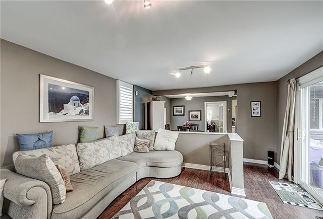 Detached at 28 Sharon Blvd, East Gwillimbury, Ontario. Image 14