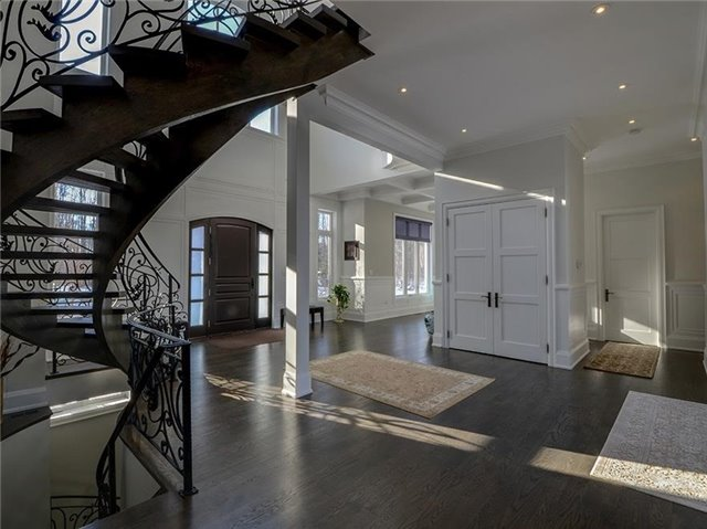 Detached at 4261 St.John's Sdrd, Whitchurch-Stouffville, Ontario. Image 12