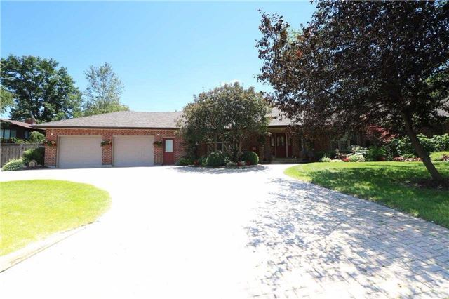 Detached at 1179 Parkway Dr, Innisfil, Ontario. Image 14