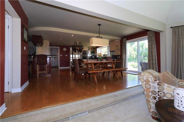 Detached at 1179 Parkway Dr, Innisfil, Ontario. Image 17