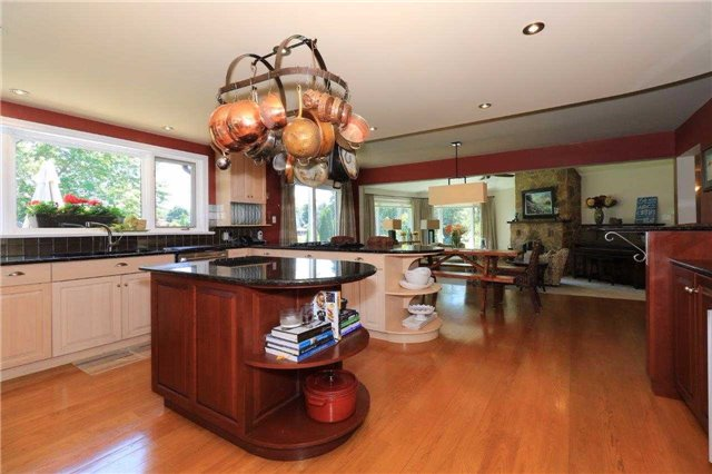 Detached at 1179 Parkway Dr, Innisfil, Ontario. Image 19