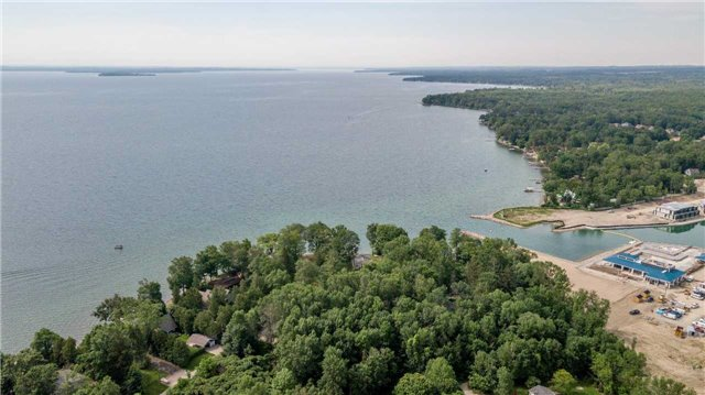 Detached at 3794 East St, Innisfil, Ontario. Image 13