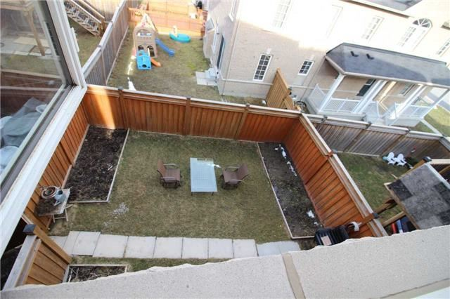 Townhouse at 34 Westcliffe Cres, Richmond Hill, Ontario. Image 11