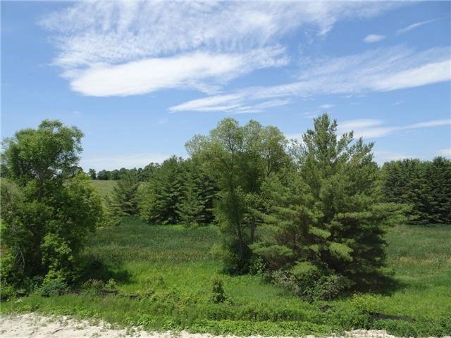 Semi-detached at 122 Countryman Rd, East Gwillimbury, Ontario. Image 7