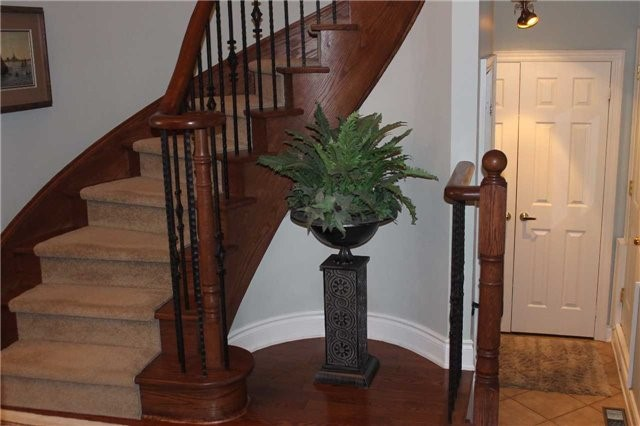 Condo Townhouse at 440 Terry Carter Cres, Newmarket, Ontario. Image 18