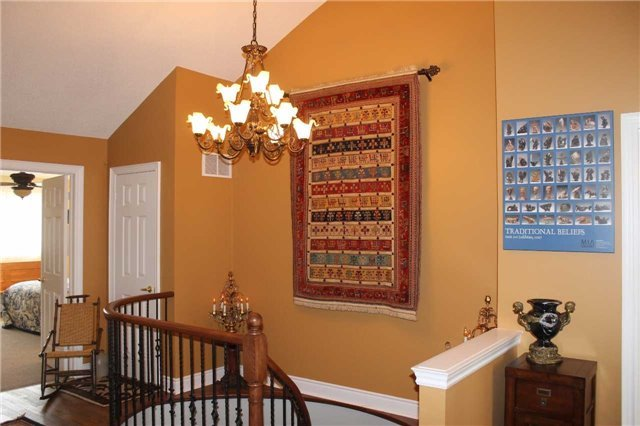 Condo Townhouse at 440 Terry Carter Cres, Newmarket, Ontario. Image 5