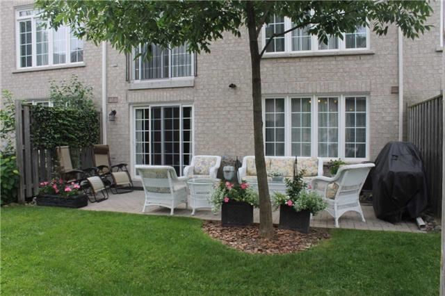 Condo Townhouse at 440 Terry Carter Cres, Newmarket, Ontario. Image 13