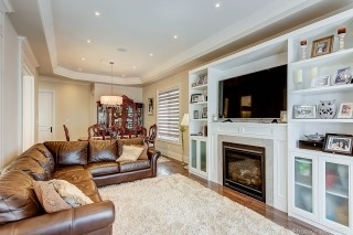 Semi-detached at 22 Bayview Crt, Richmond Hill, Ontario. Image 13
