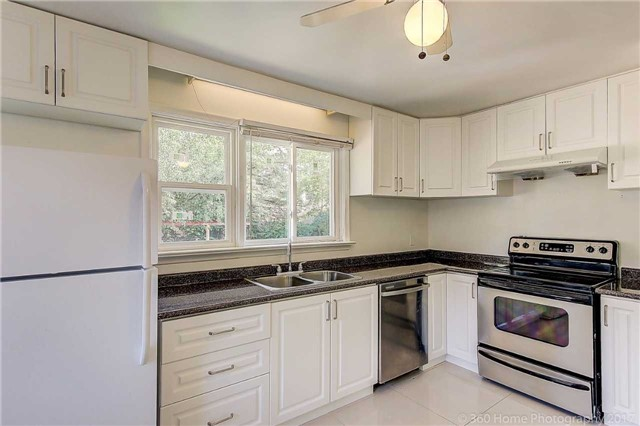 Detached at 444 Palmer Ave, Richmond Hill, Ontario. Image 12