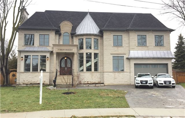 Detached at 37 Orlon Cres, Richmond Hill, Ontario. Image 1