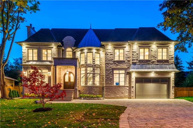 Detached at 37 Orlon Cres, Richmond Hill, Ontario. Image 12
