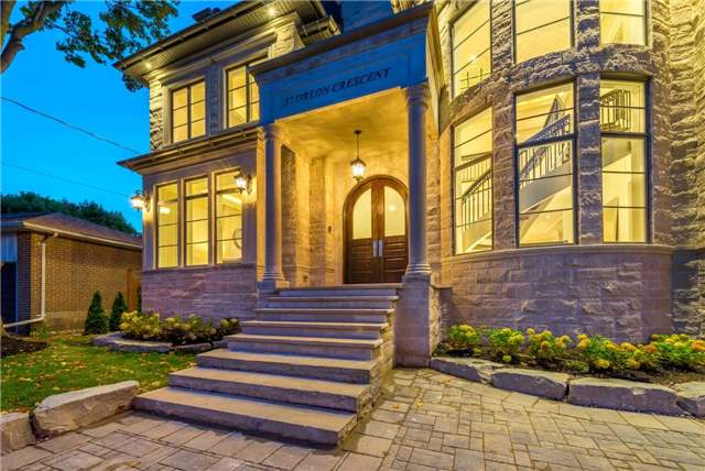 Detached at 37 Orlon Cres, Richmond Hill, Ontario. Image 14