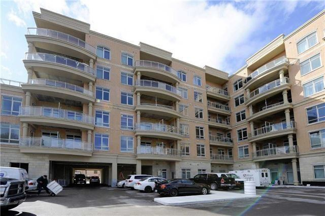 Condo Apartment at 15277 Yonge St, Unit 507, Aurora, Ontario. Image 4