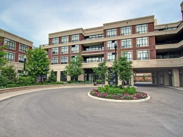 Condo Apartment at 2396 Major Mackenzie Dr, Unit 330, Vaughan, Ontario. Image 1