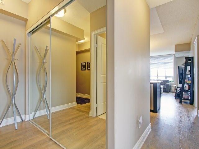Condo Apartment at 2396 Major Mackenzie Dr, Unit 330, Vaughan, Ontario. Image 12