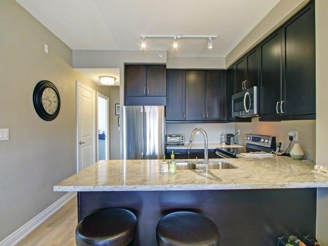 Condo Apartment at 2396 Major Mackenzie Dr, Unit 330, Vaughan, Ontario. Image 18