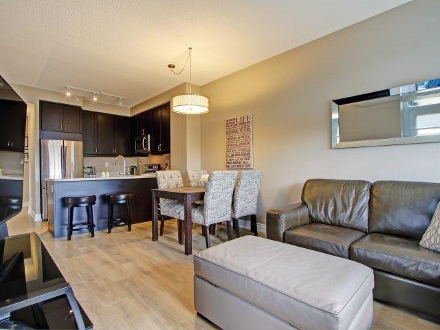 Condo Apartment at 2396 Major Mackenzie Dr, Unit 330, Vaughan, Ontario. Image 4