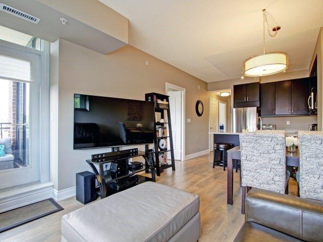 Condo Apartment at 2396 Major Mackenzie Dr, Unit 330, Vaughan, Ontario. Image 6