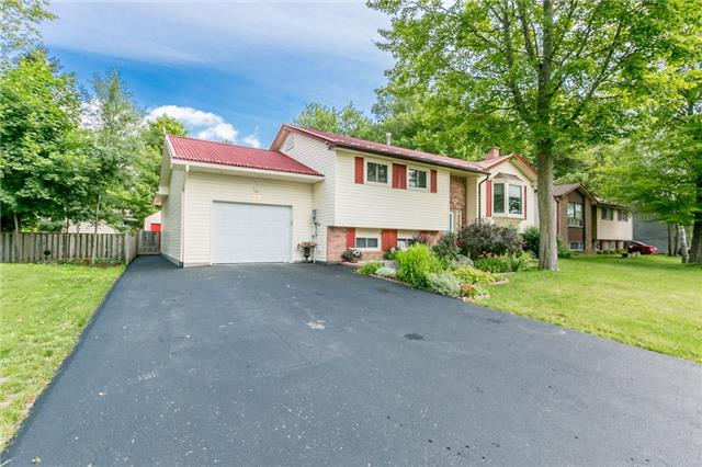 Detached at 29 Tree Top St, Essa, Ontario. Image 12
