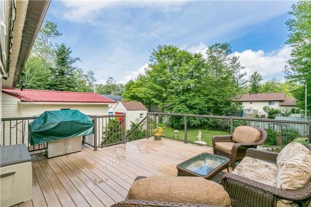 Detached at 29 Tree Top St, Essa, Ontario. Image 9