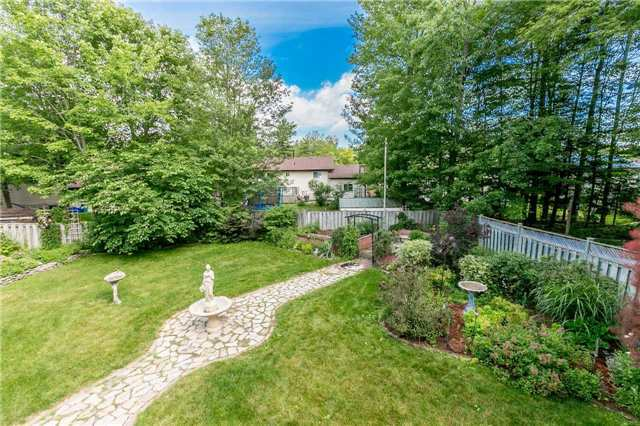 Detached at 29 Tree Top St, Essa, Ontario. Image 10