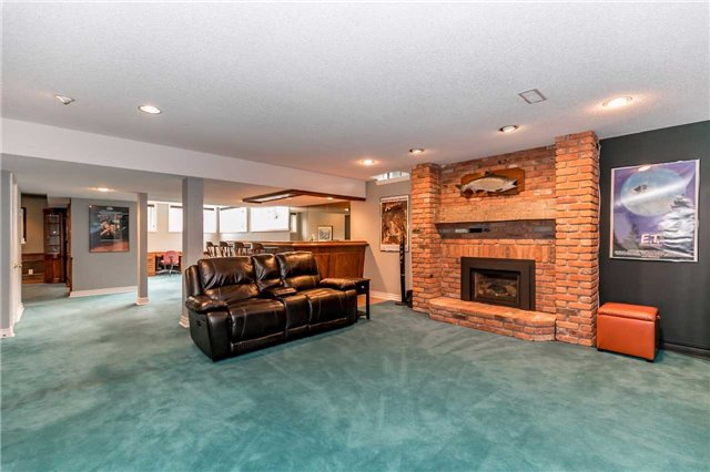 Detached at 3 Jenkinson Grve, King, Ontario. Image 10