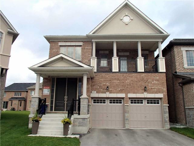Detached at 27 Boland Crt, Aurora, Ontario. Image 1