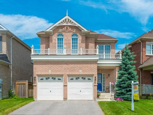 Detached at 14 Pondmede Cres, Whitchurch-Stouffville, Ontario. Image 1
