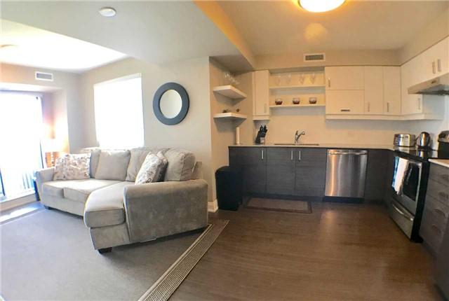 Condo Apartment at 8200 Birchmount Rd, Unit 723, Markham, Ontario. Image 1