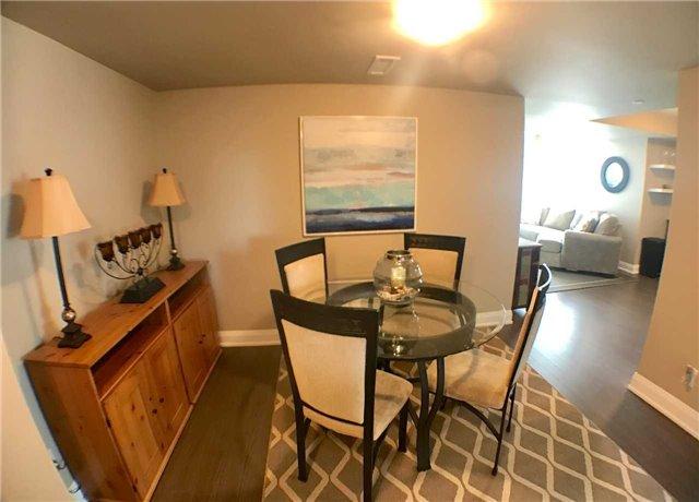 Condo Apartment at 8200 Birchmount Rd, Unit 723, Markham, Ontario. Image 2