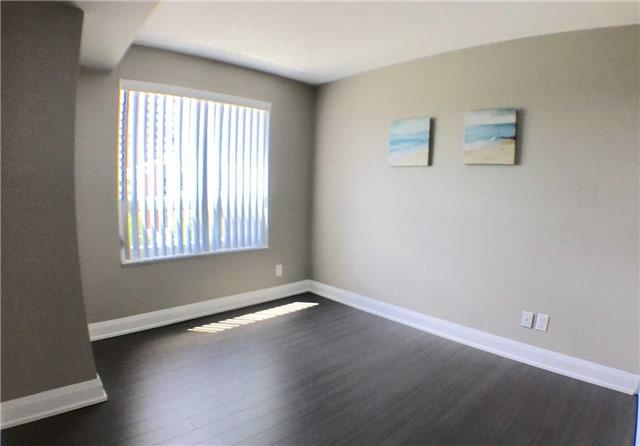 Condo Apartment at 8200 Birchmount Rd, Unit 723, Markham, Ontario. Image 4