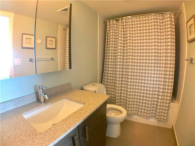 Condo Apartment at 8200 Birchmount Rd, Unit 723, Markham, Ontario. Image 7